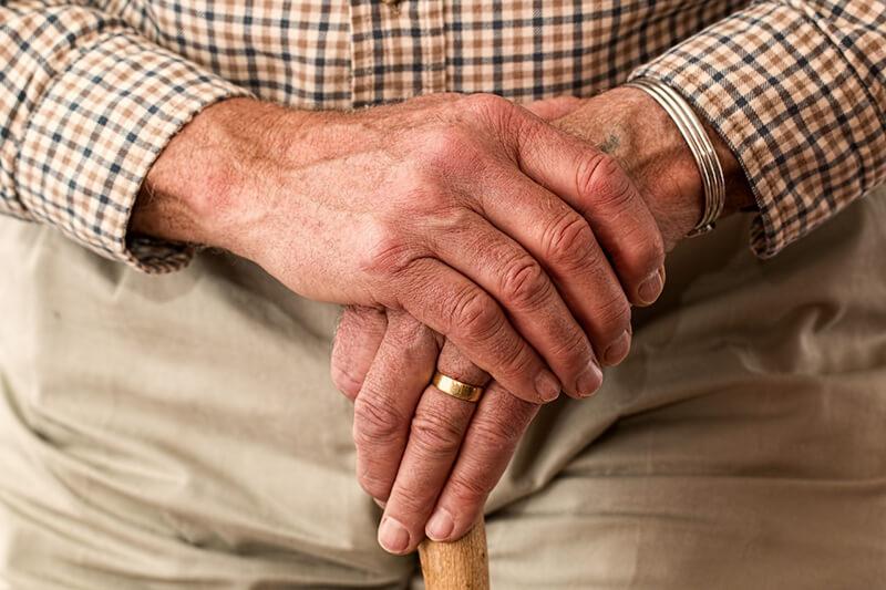 日本同様に高齢化社会を迎えるタイ、住居、収入、治療 の対策に重点