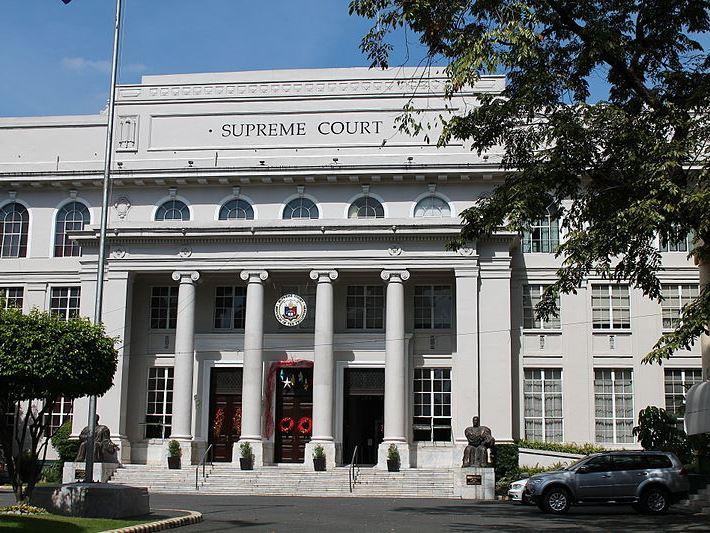 フィリピン・ミンダナオ島全域の【戒厳令布告】に対して 下院議員が最高裁へ差し止め請求