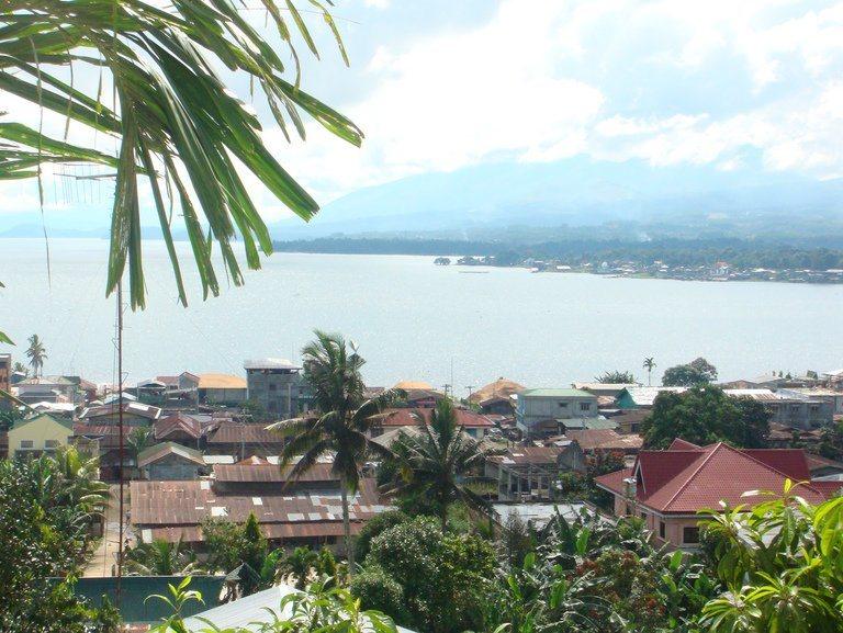 【交戦】 ミンダナオ島戒厳令布告1ヶ月 マラウィ市の戦闘続く