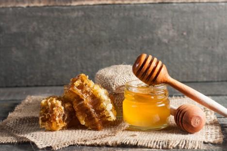 ロシア人がどんな病気も蜂蜜で直す訳
