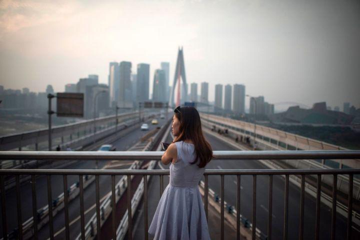 住宅ローンや自動車ローン、借金の多い中国若者 経済リスク拡大