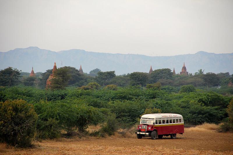 ミャンマー・ヤンゴン市内バス、7月20日から「車掌廃止」に