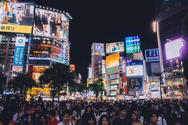 日本の夜はつまらない——夜遊び活性化でインバウンド経済効果5兆円?!