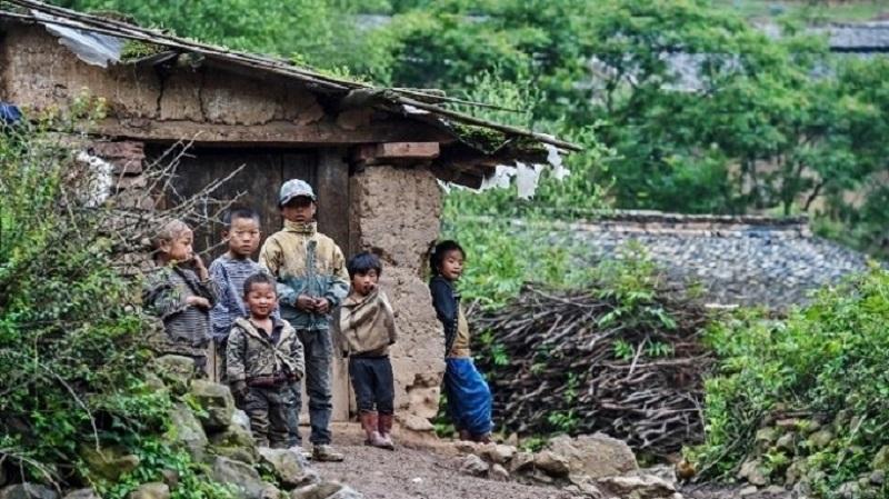 国民が自国の中で「不法移民」となる 中国のいびつな戸籍制度
