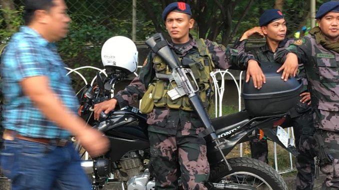 フィリピン軍、戒厳令実施において人権侵害などの報告なし