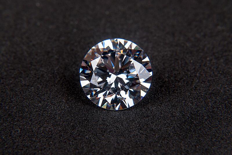 ミャンマー・米国企業の投資促進のため宝石分野の規制を緩和