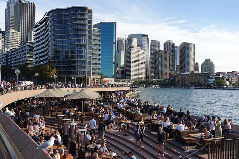オーストラリア:豪ビクトリア州、新型コロナ新規感染者は374人 前日から増加