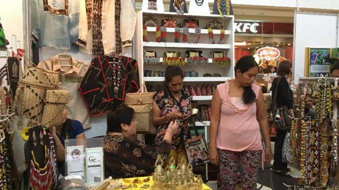ダバオでローカル商品が直に購入できるイベントを開催
