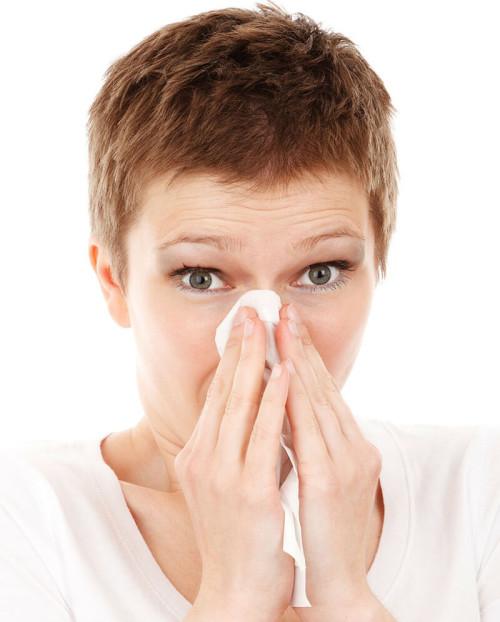 豪州では春が近づき、専門家が喘息・花粉症患者に警告