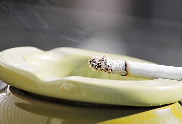 タバコ規制が厳しいタイ レストラン等の軒先でも喫煙禁止に