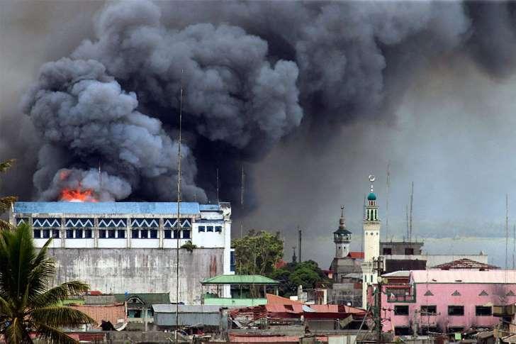 ミンダナオ島マラウィ市の戦闘収束へ 戒厳令は継続