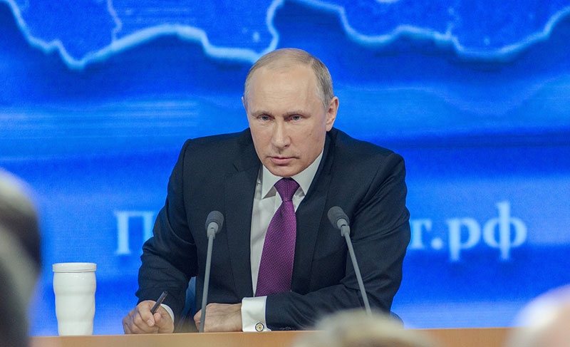 プーチン「ロシアの経済成長がドイツに新たなビジネスチャンスを創出」