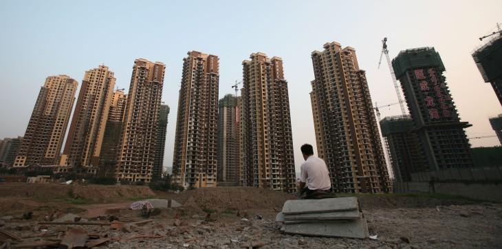 中国金融当局 消費者金融を厳禁へ、不動産抑制策の一環で