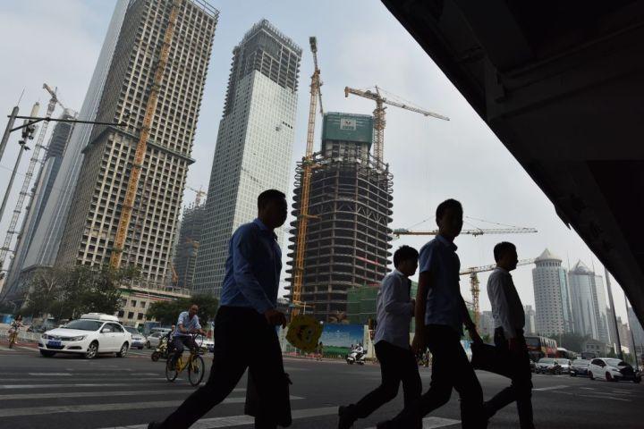 中国人民銀 「対象限定」金利引き下げを発表、実質の金融緩和
