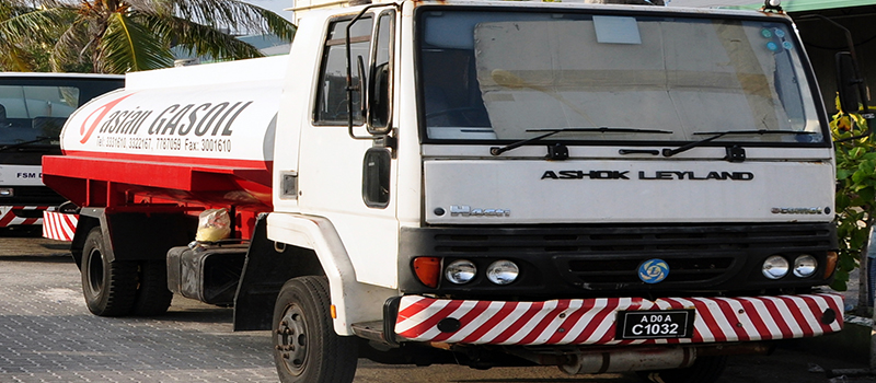 インドの商用車メーカーのアショック・レイランド、日野自動車とBS-VI 対応エンジンの共同開発のための契約を結ぶ