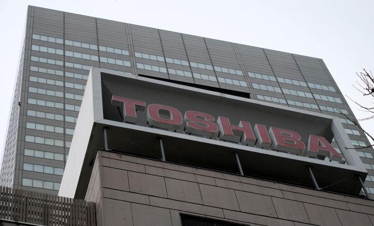 PC事業を台湾ASUSに売却?東芝は否定、ASUS「ノーコメント」