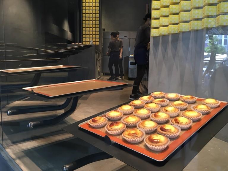 日本で人気のチーズタルト「BAKE」が ホーチミン初上陸