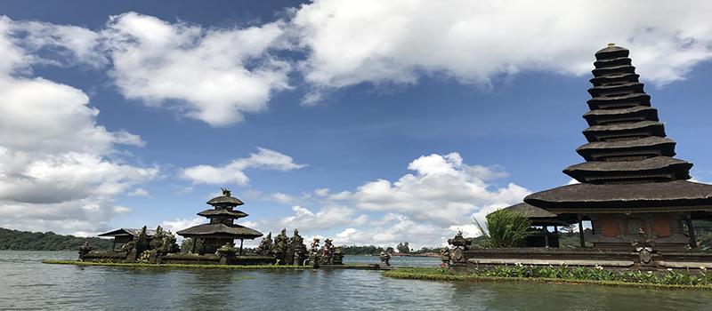 三井住友、インドネシアの年金貯蓄銀行(BTPN)への出資を検討