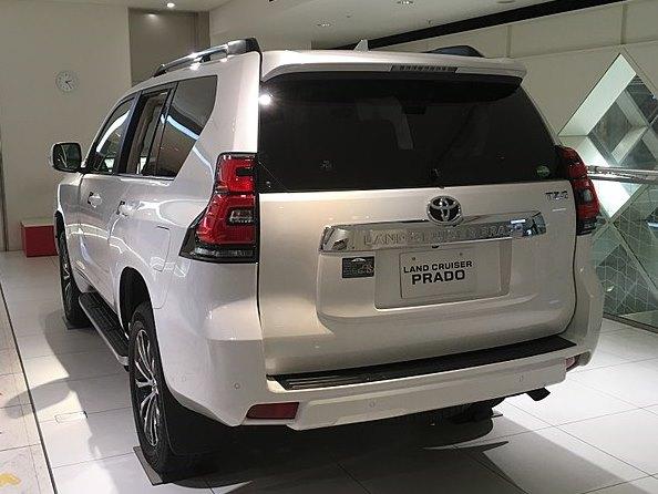 フィリピン・セブ港にてトヨタなどの高級SUVの密輸が発覚