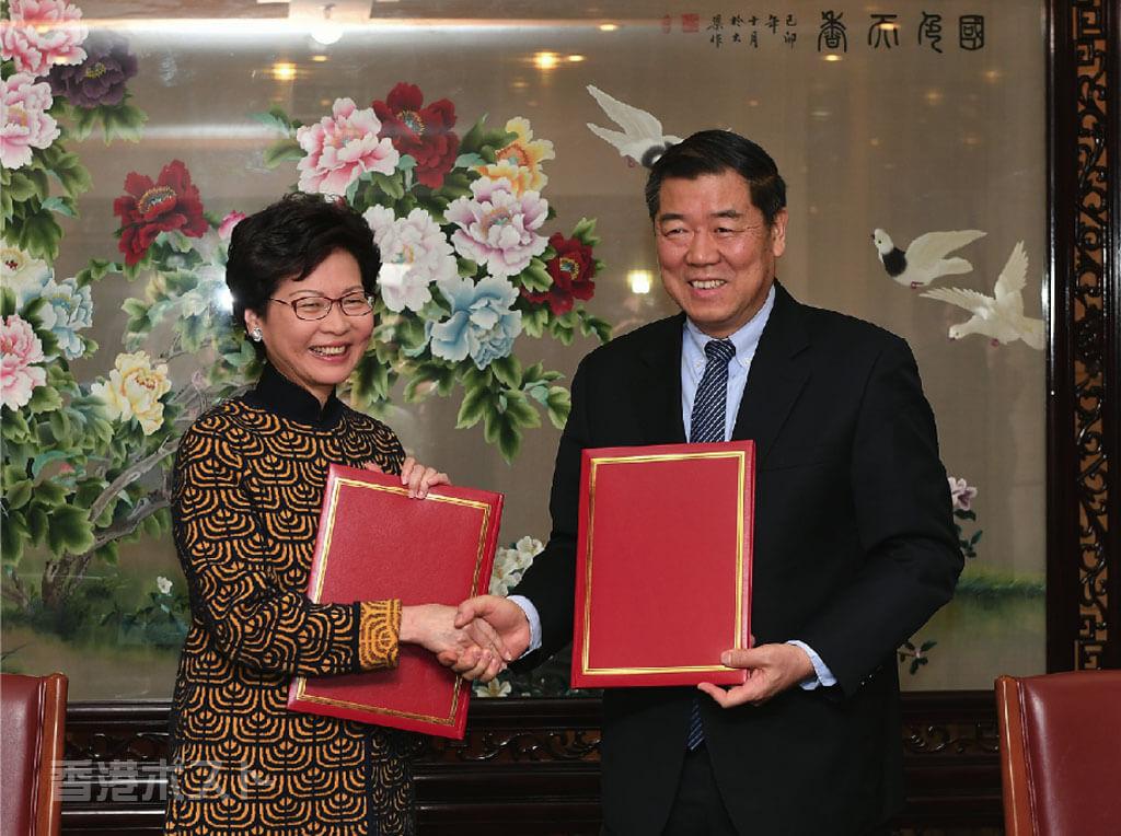 2018年の香港経済、リスクは不動産