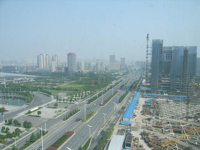 中国南京市など、不動産抑制策を一部撤廃、全国で初