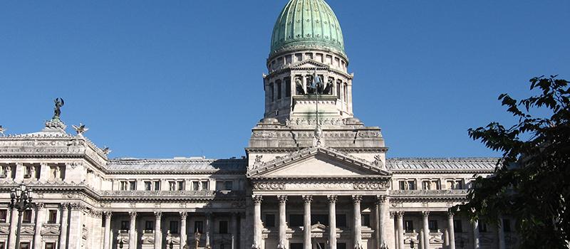 アルゼンチンと日本、二重課税に関する会談を行う