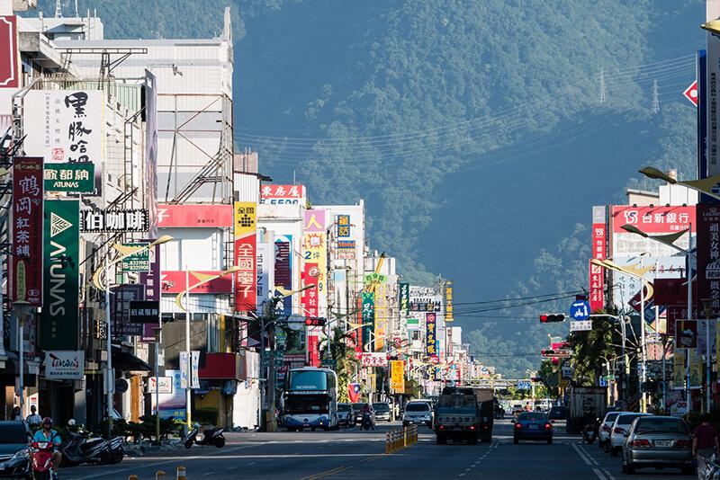 台湾東部・花蓮での大地震、断水や停電に加えて、貨物鉄道輸送の影響も