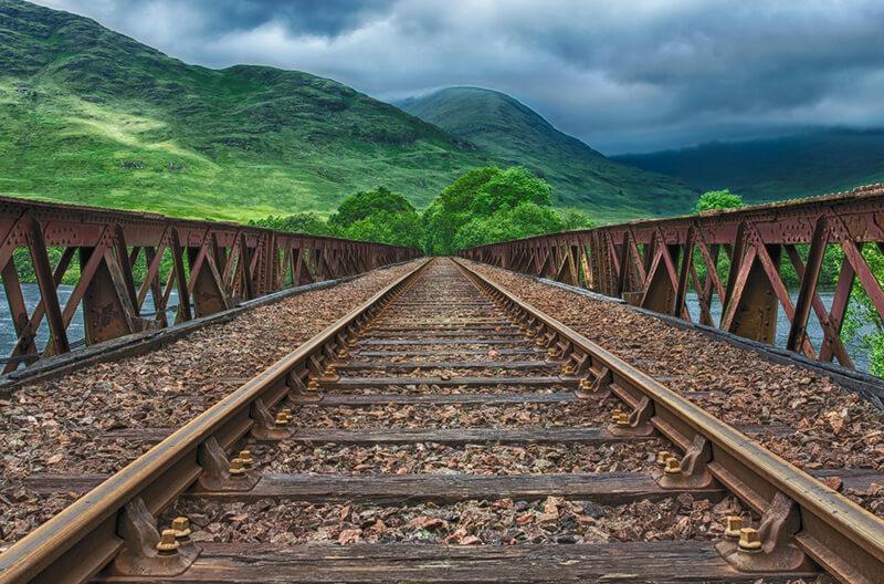 ミャンマーのヤンゴン~ピィ鉄道の修復・高度化はADB・EIB資金で実施