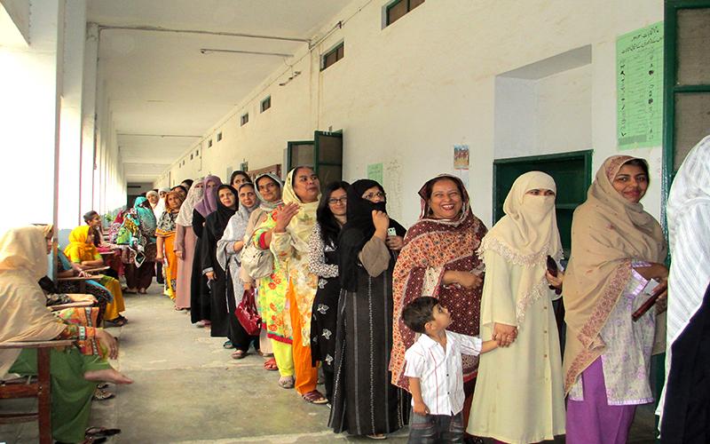 JICA(日本国際協力機構)、パキスタンにおける「女性の在宅ワーカー」を支援
