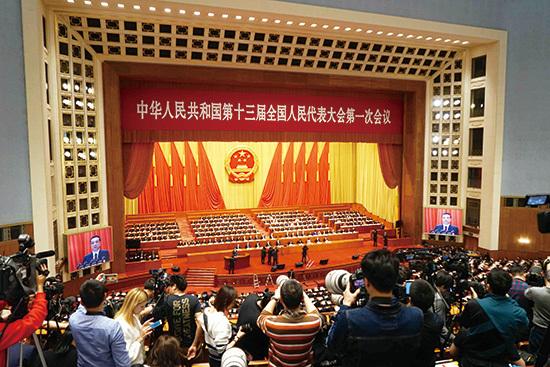 中国全国人民代表大会が開幕 次世代AIの研究開発や実用化などに注力