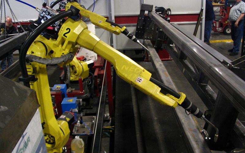 日本製の「建設用機械」の需要が高まる中国   ロボット製品は57.9%増
