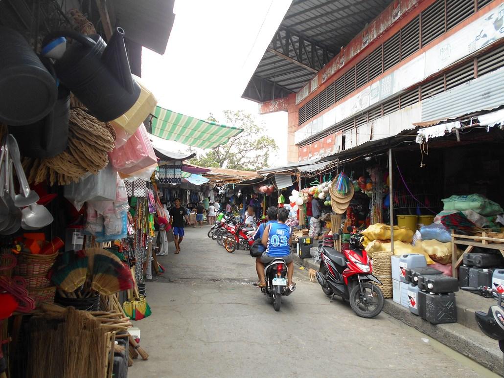 フィリピンのインフレ率急上昇 便乗値上げも顕著に