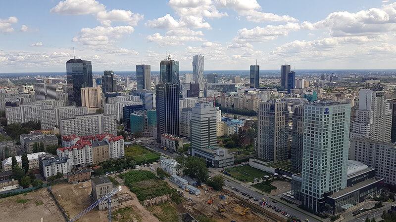 ポーランド大手企業の英国進出が活性化  ポーランド人の移住も増加
