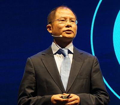 中国「ファーウェイ」の徐直軍氏 「我々はインテリジェントワールドの先駆者になる」