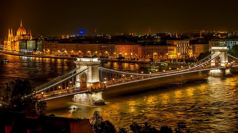 ハンガリー議会選挙、右派の与党・フィデスが圧勝   投票率は70%