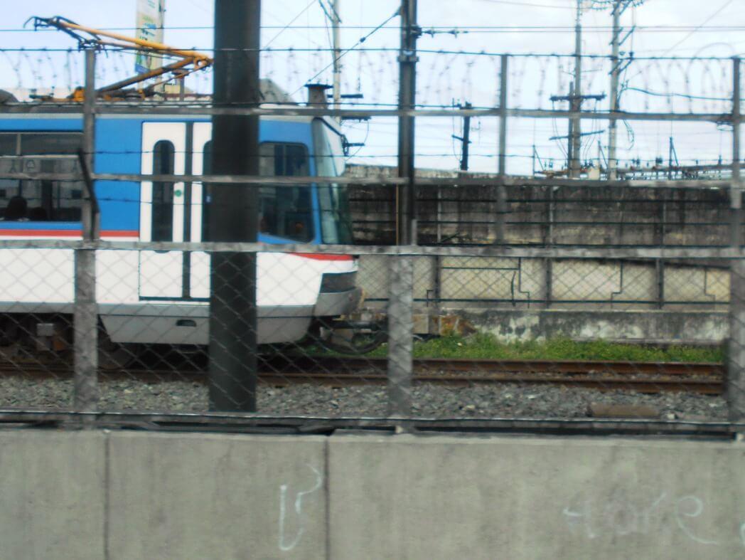 マニラ首都圏の鉄道「MRT-3」 日本の巨額ODAで再生を図る