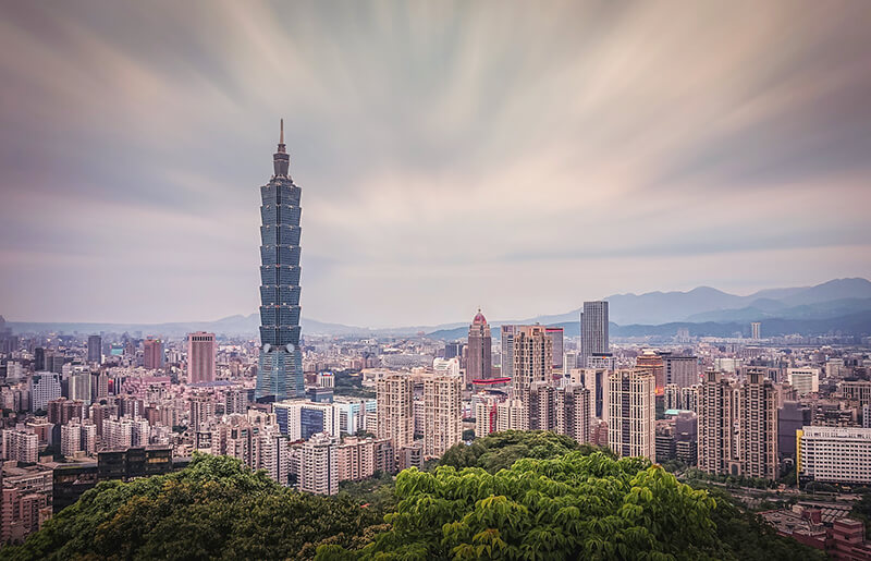 台湾財務部長、市場介入の用意あると表明 株価は一時7%下落