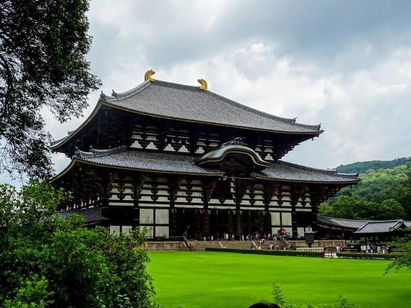 奈良市の観光客が6年連続増加 欧米・豪国の観光客多く