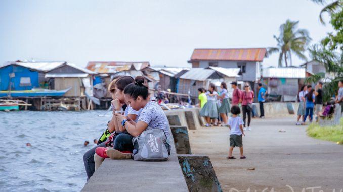 フィリピン・ダバオで湾岸線の建設 遊歩道も建設で憩いの場を創成