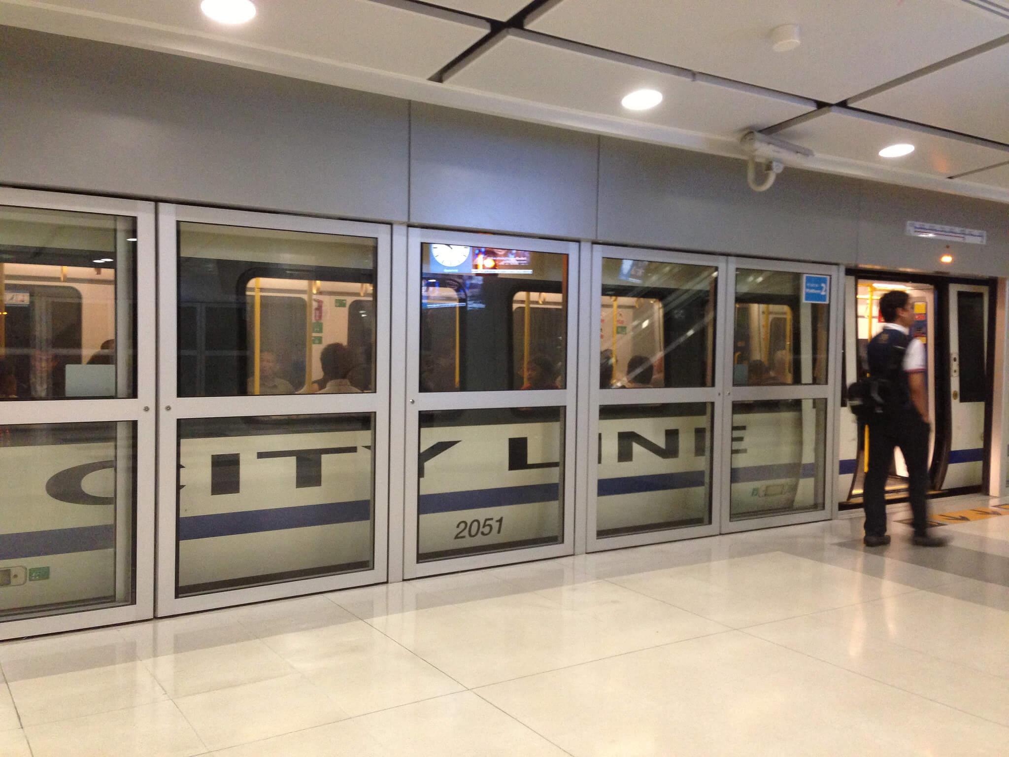 タイの空港を結ぶエアポートリンク 8分に1本で走行へ