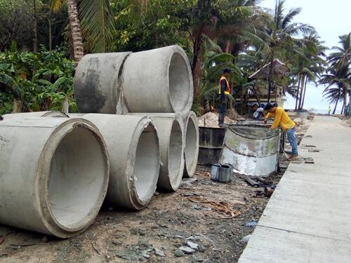 フィリピン観光省 「ボラカイ島の環境整備」を見切り再開