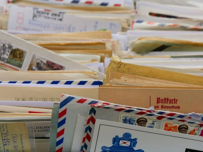 バンコク首都圏の郵便局が年中無休に セブンイレブンのサービスに対抗