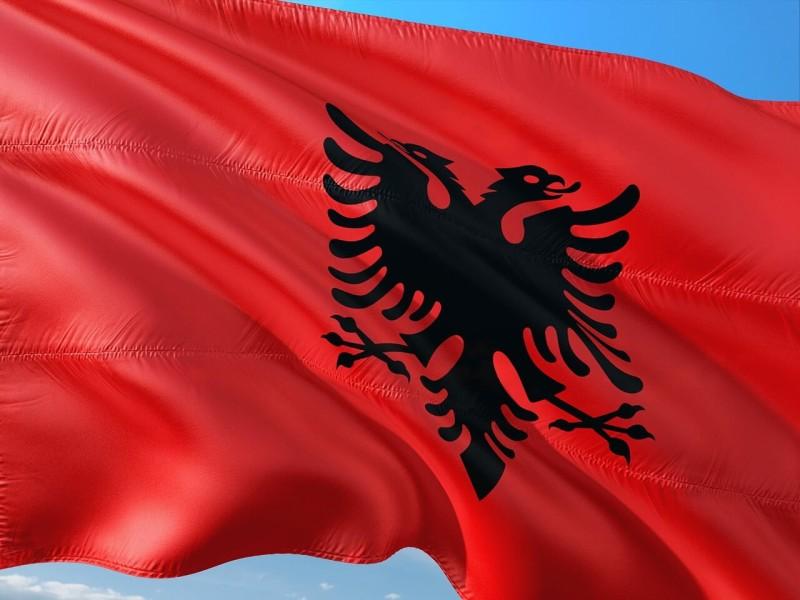 南欧のアルバニアがコソボとFTA締結 セルビアとボスニアの対立鮮明に