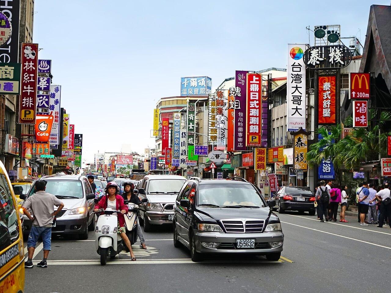 中国、「一国二制度で台湾統一を」 香港政治家「ペテンだ」
