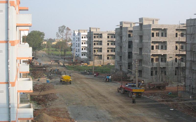 「川崎重工業」がインドにて建設機械用油圧機器の新工場を完成