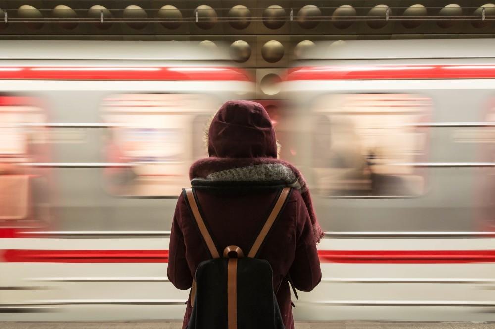 インドネシア:初の地下鉄 MRT南北線開通