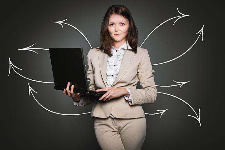 シンガポール企業で幹部職に占める女性の割合、過去最高の33%に