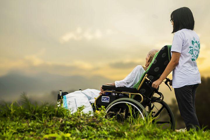 日本政府、ナコンサワンの高齢者デイケアセンター建設を支援