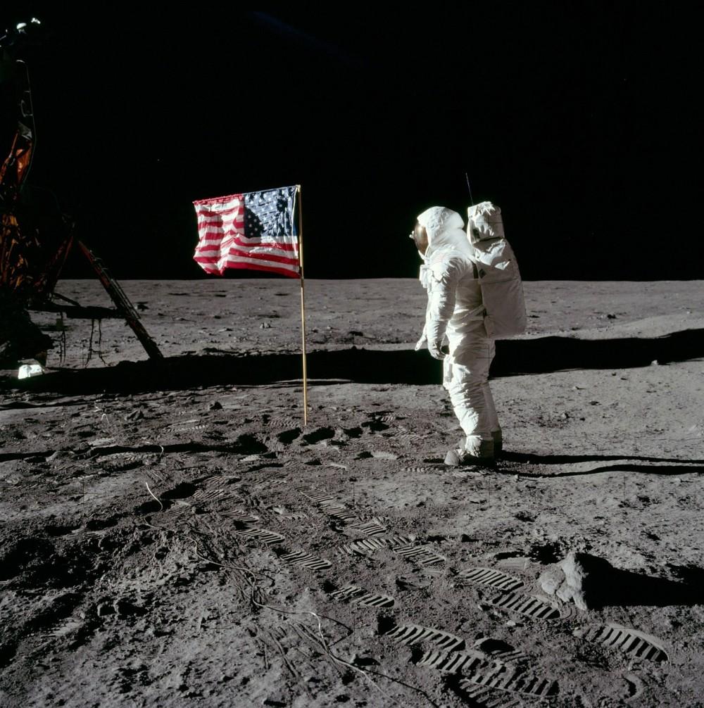 5年以内に有人月面着陸、トランプ米政権が新たな目標