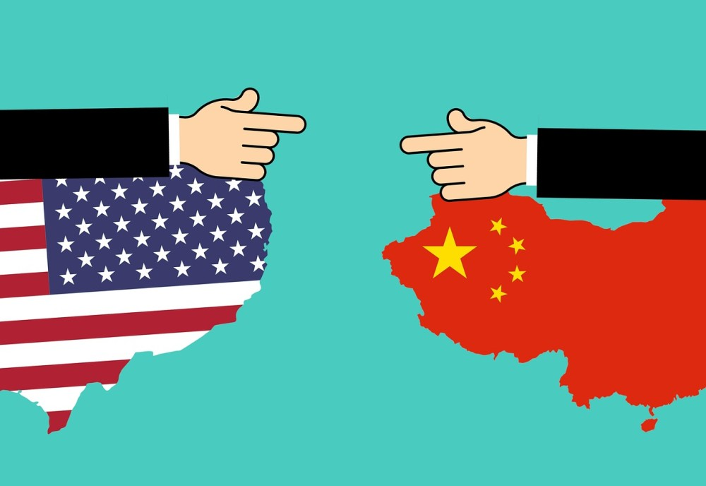 アメリカ:「ファーウェイと同じく危険」米当局者が中国IT3強に言及